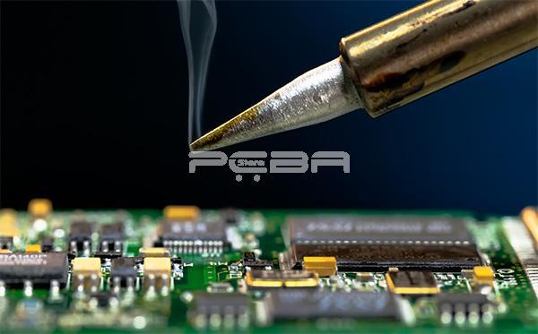 what is solder flux