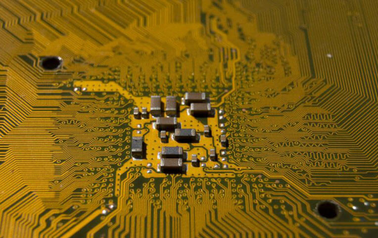 如何设计HDI PCB?